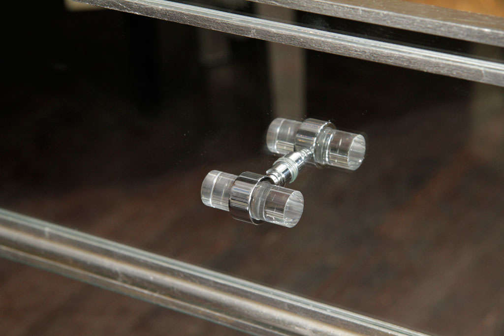 6-Drawer Silver Trim Mirrored Dresser For Sale 2
