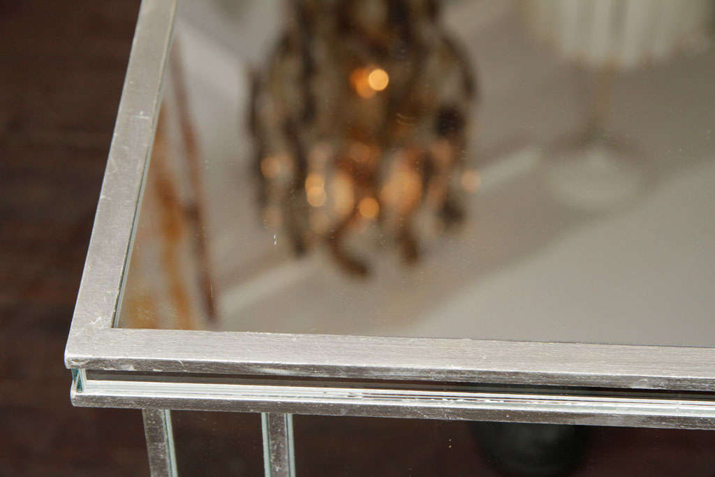 6-Drawer Silver Trim Mirrored Dresser In New Condition For Sale In New York, NY