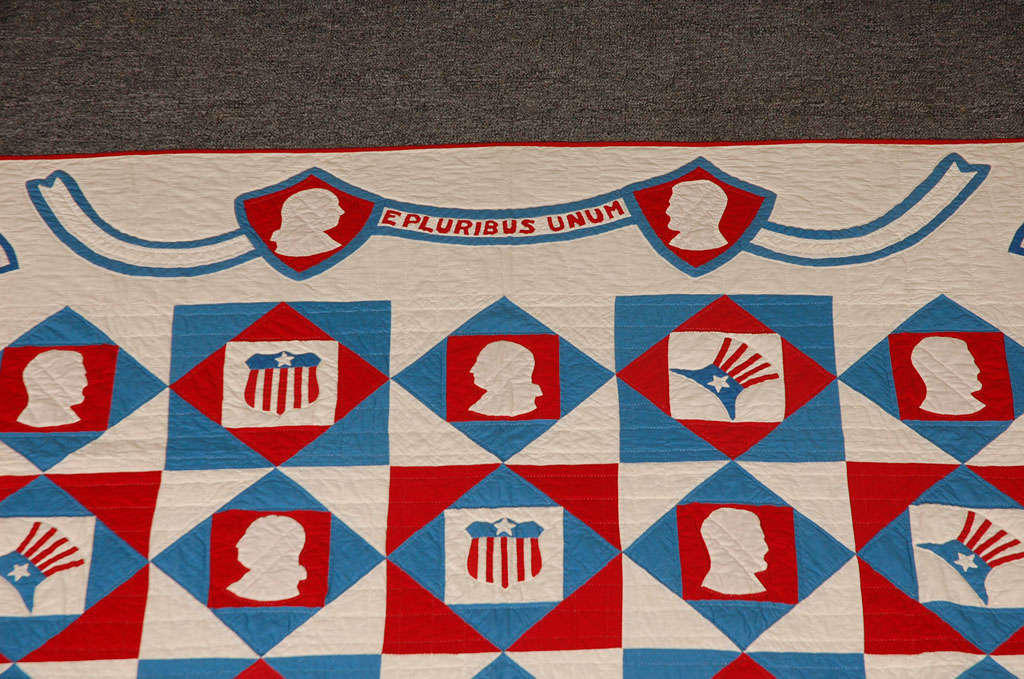 American Rare Patriotic Presidential Applique Quilt from 1925 For Sale