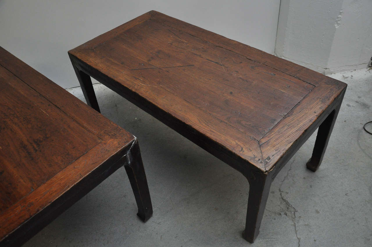 19th Century Pair of Chinese Coffee or Side Tables In Good Condition For Sale In Chicago, IL