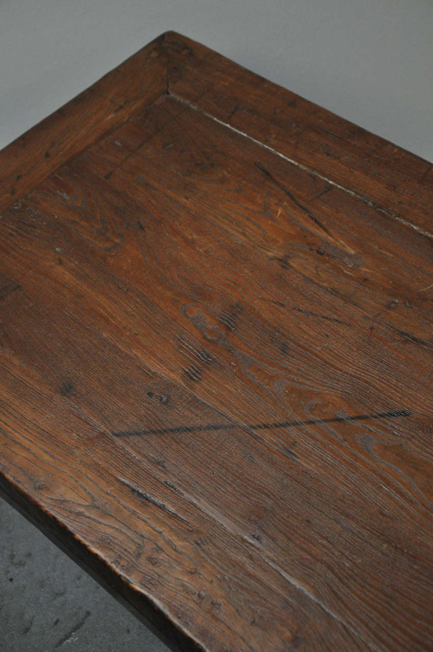 19th Century Pair of Chinese Coffee or Side Tables For Sale 1