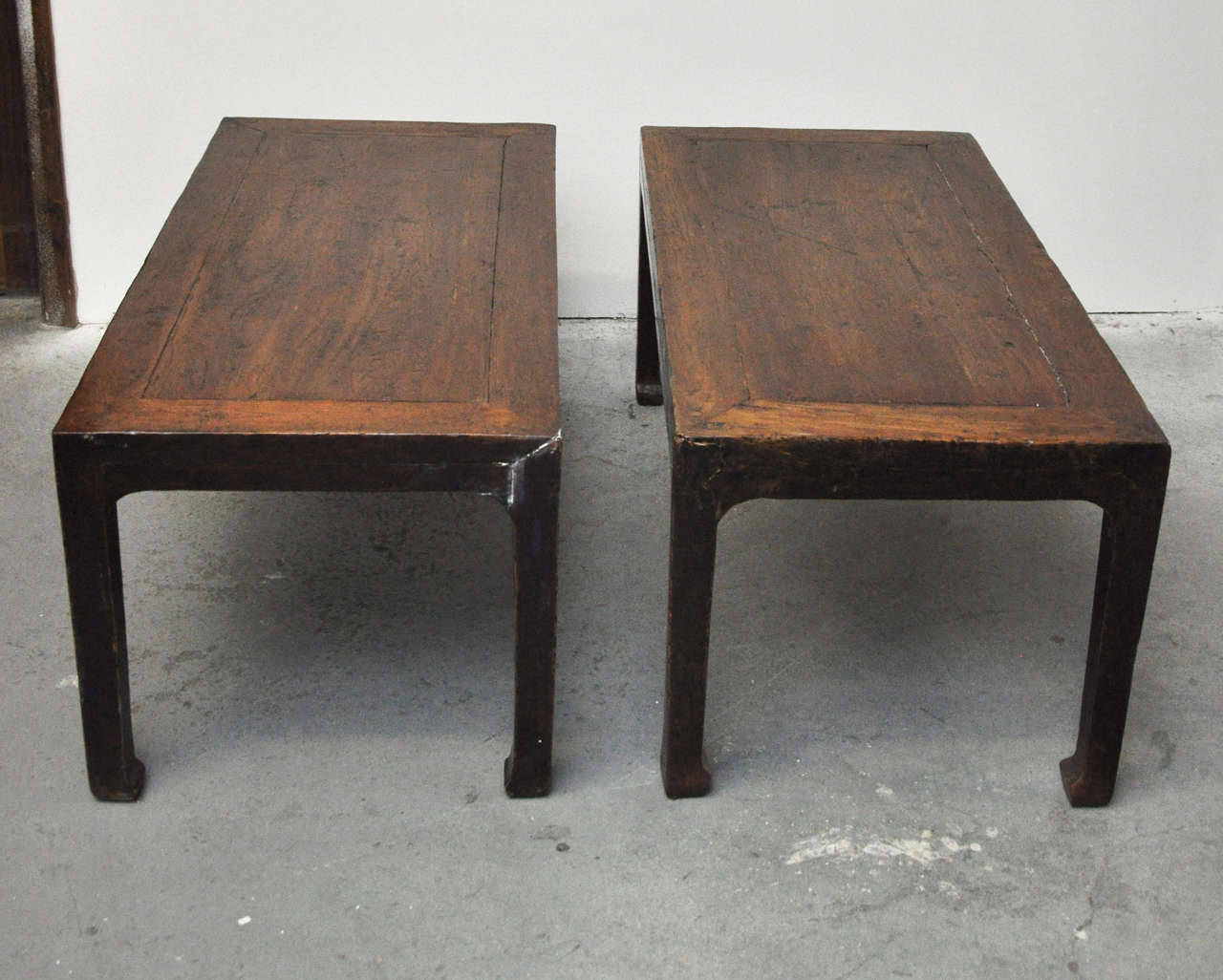 19th Century Pair of Chinese Coffee or Side Tables For Sale 2