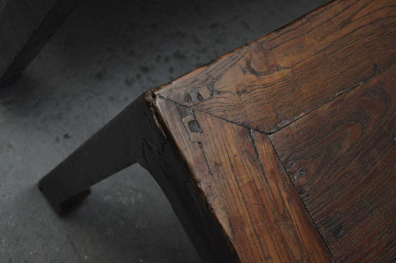19th Century Pair of Chinese Coffee or Side Tables For Sale 3