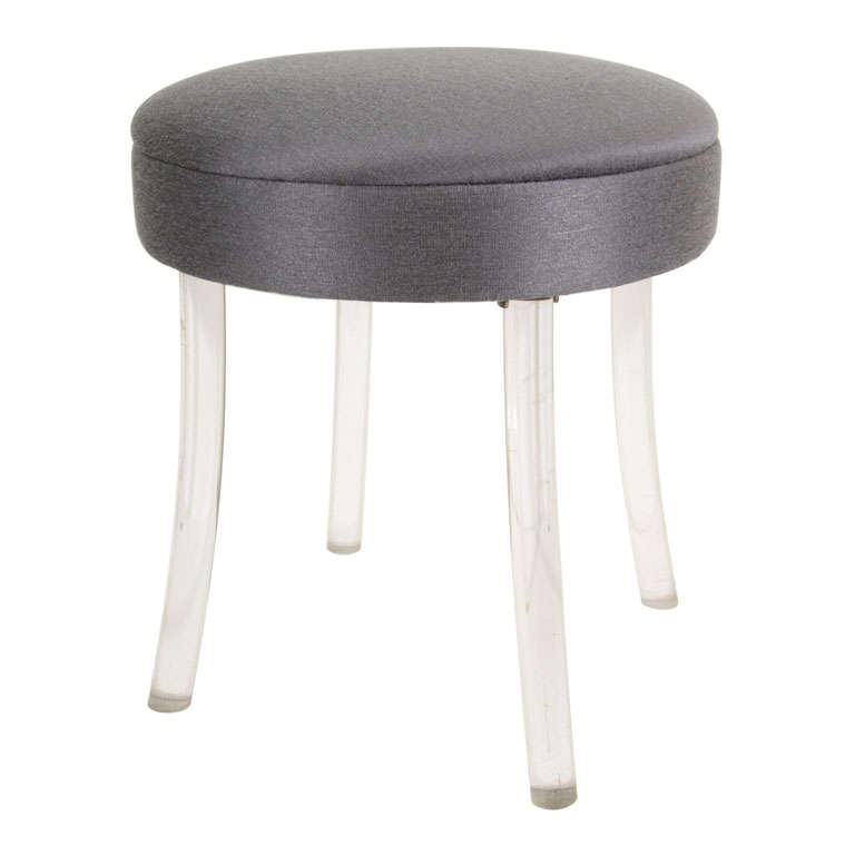 Lucite upholstered rolling swivel vanity chair is no longer available - Hollywood Vanity Stool On Splayed Lucite Legs At 1stdibs