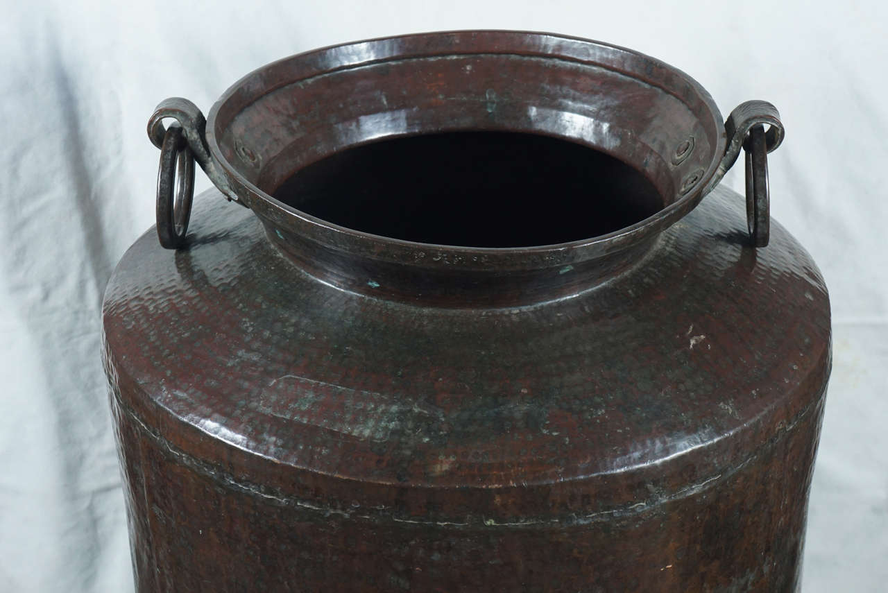 Indian 19th Century Large Copper Pots with Articulated Hoop Handles For Sale