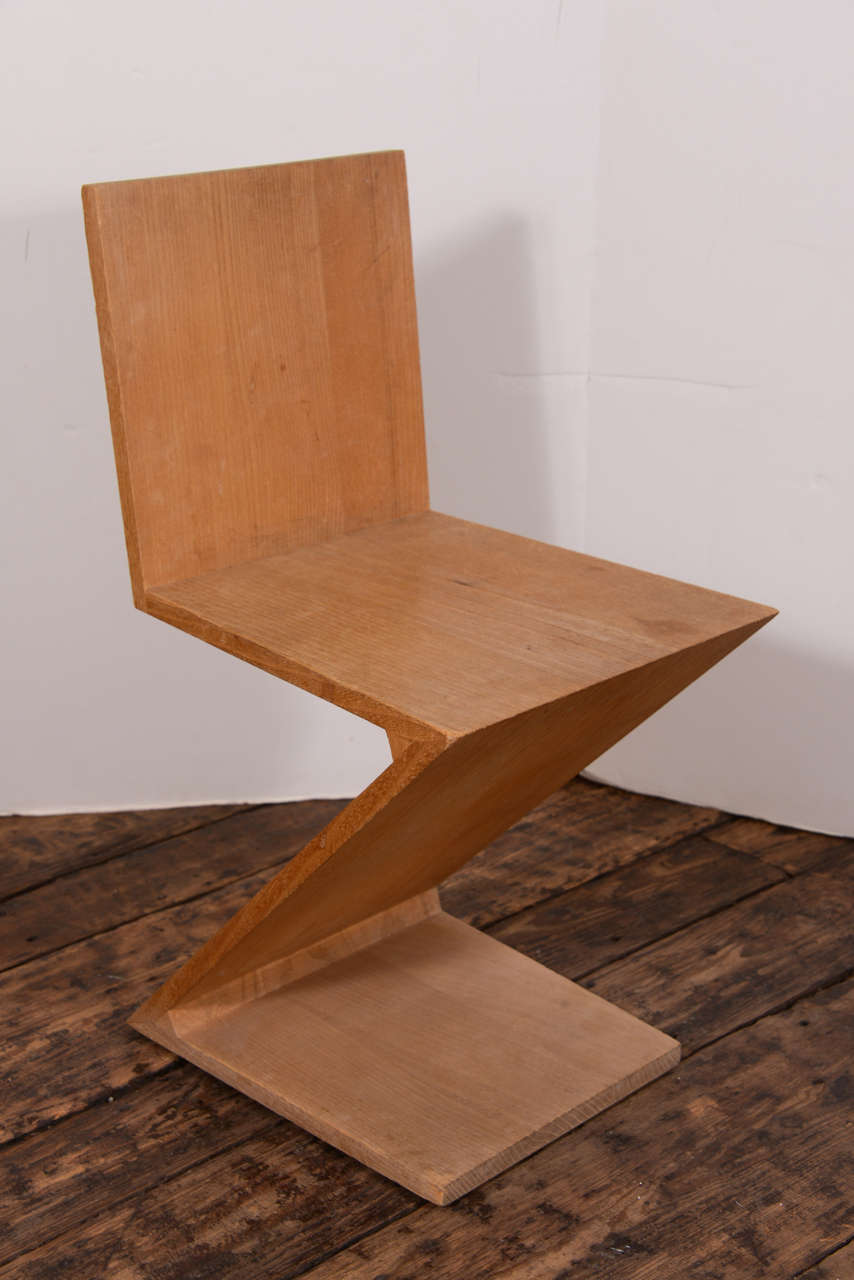 Zig Zag Chair by Gerrit Thomas Rietveld at 1stdibs