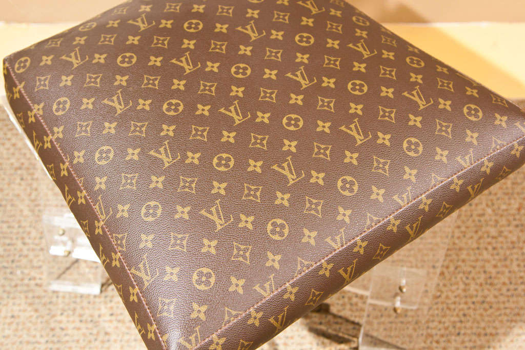 louis vuitton signature fabric covered lucite chair at 1stdibs. Black Bedroom Furniture Sets. Home Design Ideas