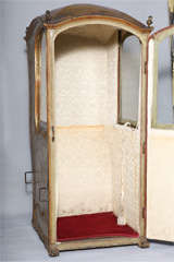 18th C. Venetian Sedan Chair from the Estate of Tiziani thumbnail 5