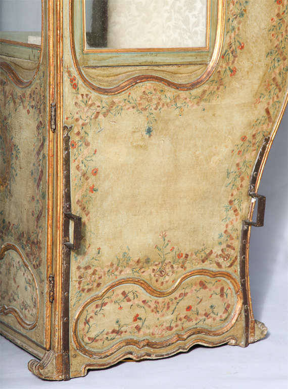 18th C. Venetian Sedan Chair from the Estate of Tiziani image 6