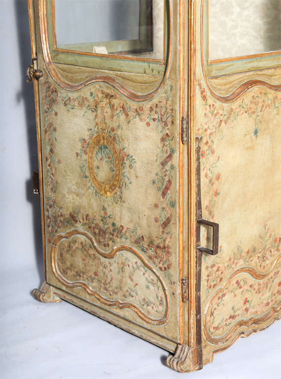 18th C. Venetian Sedan Chair from the Estate of Tiziani image 7