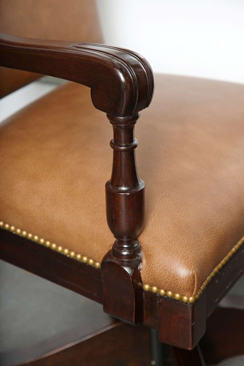 Antique Classic Swivel Desk Leather Armchair With Casters