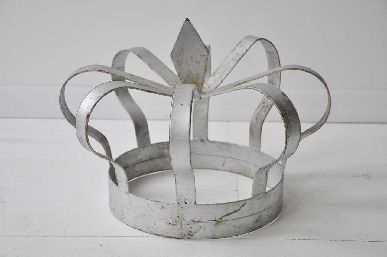 Antique Iron Crown 2