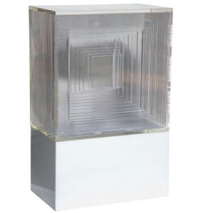 Neal Small Op Art White and Clear Lucite Lighted Table Lamp - Sculpture, 1970s