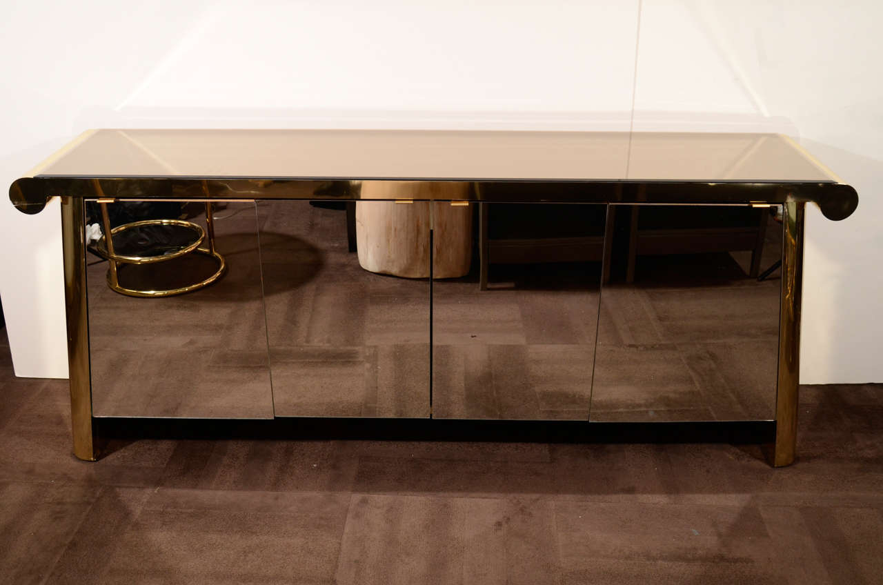 outstanding satin brass and bronze mirrored credenza by ello at 1stdibs. Black Bedroom Furniture Sets. Home Design Ideas
