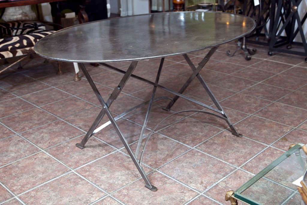 Folding French Metal Tables Outdoor/Indoor In Excellent Condition For Sale In Mt Kisco, NY