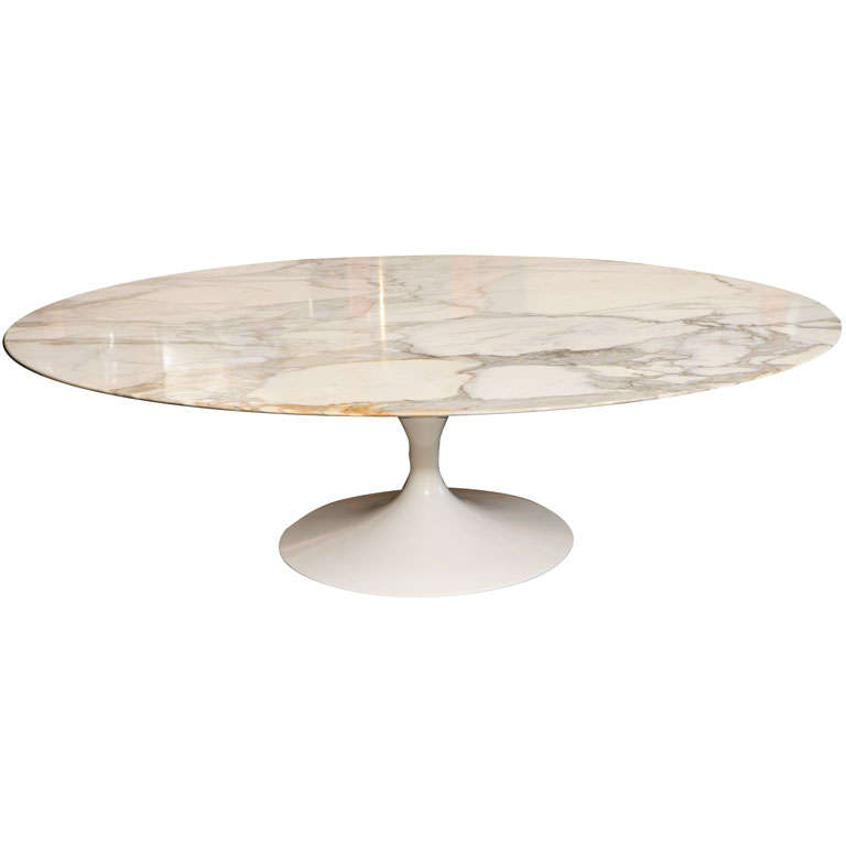 Early Saarinen Oval Tulip Coffee Table Calacatta D 39 Oro Marble At 1stdibs