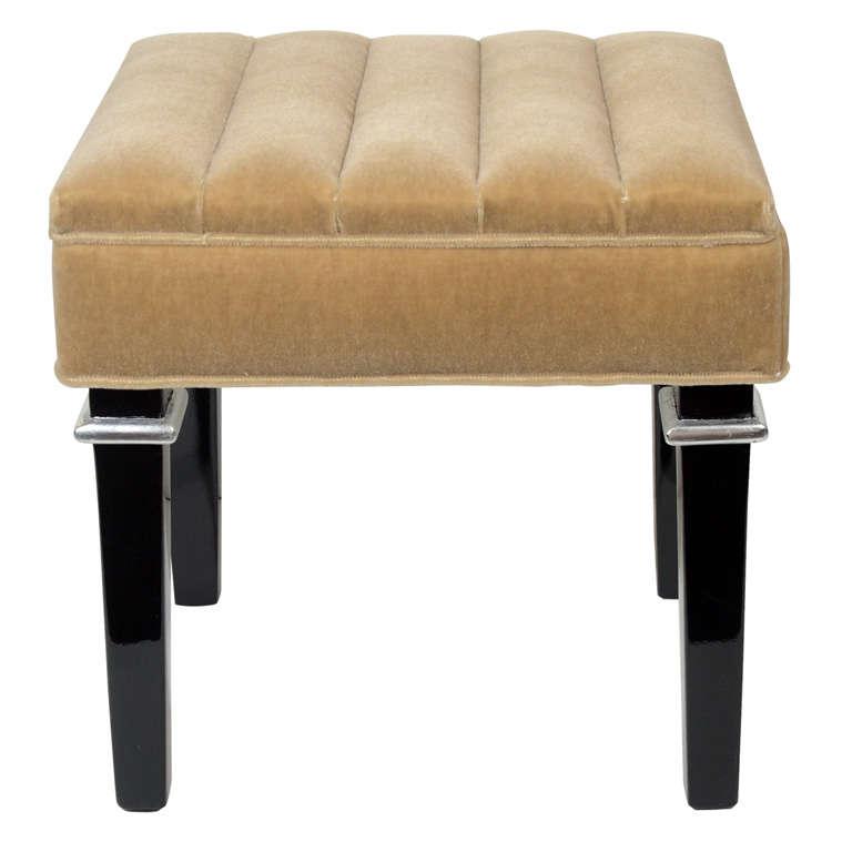 damask settee
