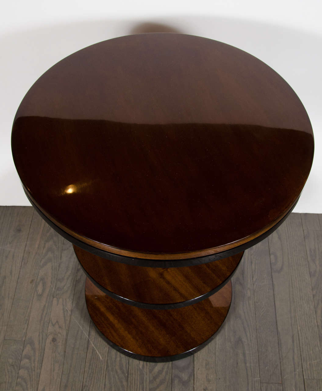 Art Deco Machine Age Three-Tier End Tables in Book- Matched Walnut & Lacquer For Sale 1