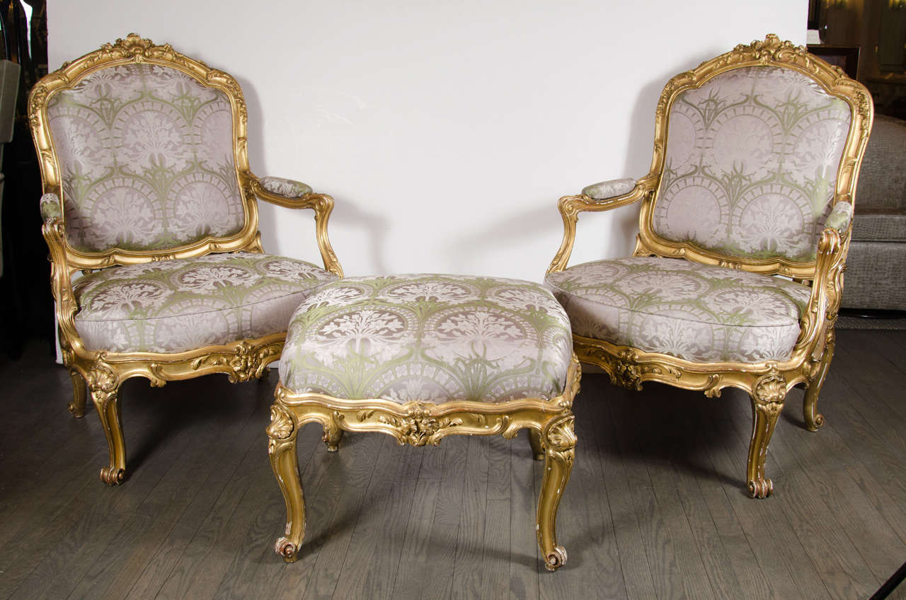 Bergere chair and ottoman - Pair Of French Bergere Chairs And Ottoman In Gilded Wood And Satin Upholstery 2