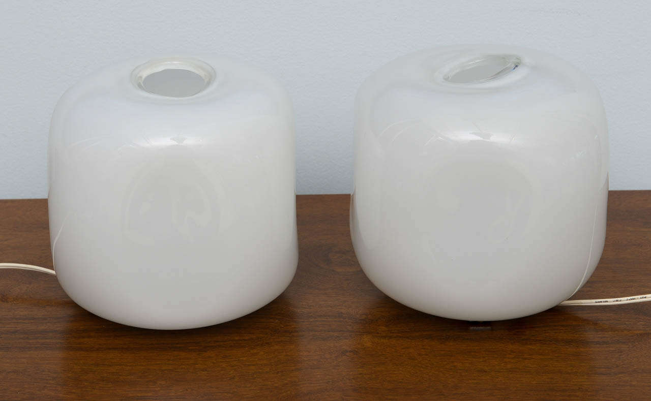 Mid-20th Century Pair of Italian Modern Glass Lamps, Marked Barbini For Sale