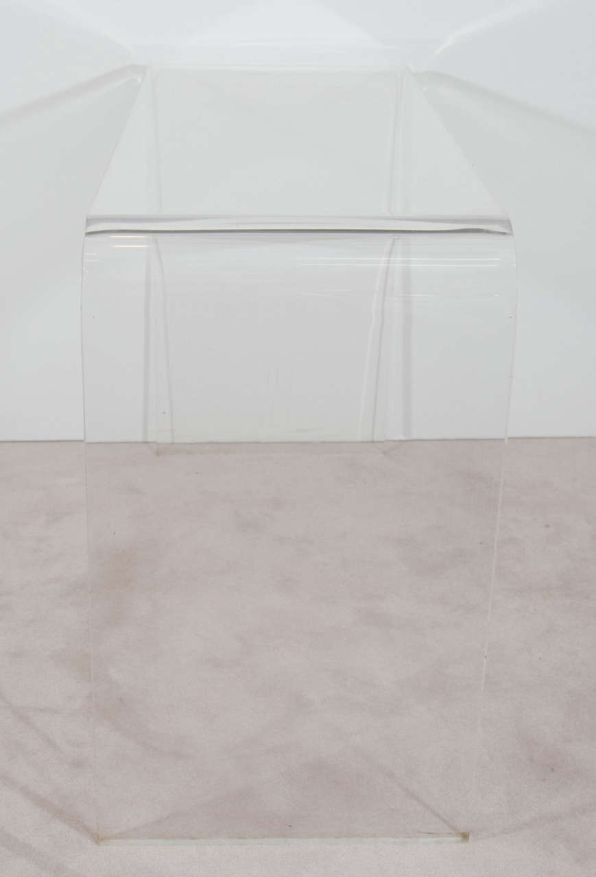Vintage Modern Waterfall Lucite Console Table, 1970s For Sale 1