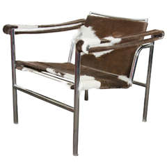 Midcentury Le Corbusier Sling Chair Newly Reupholstered in Hide