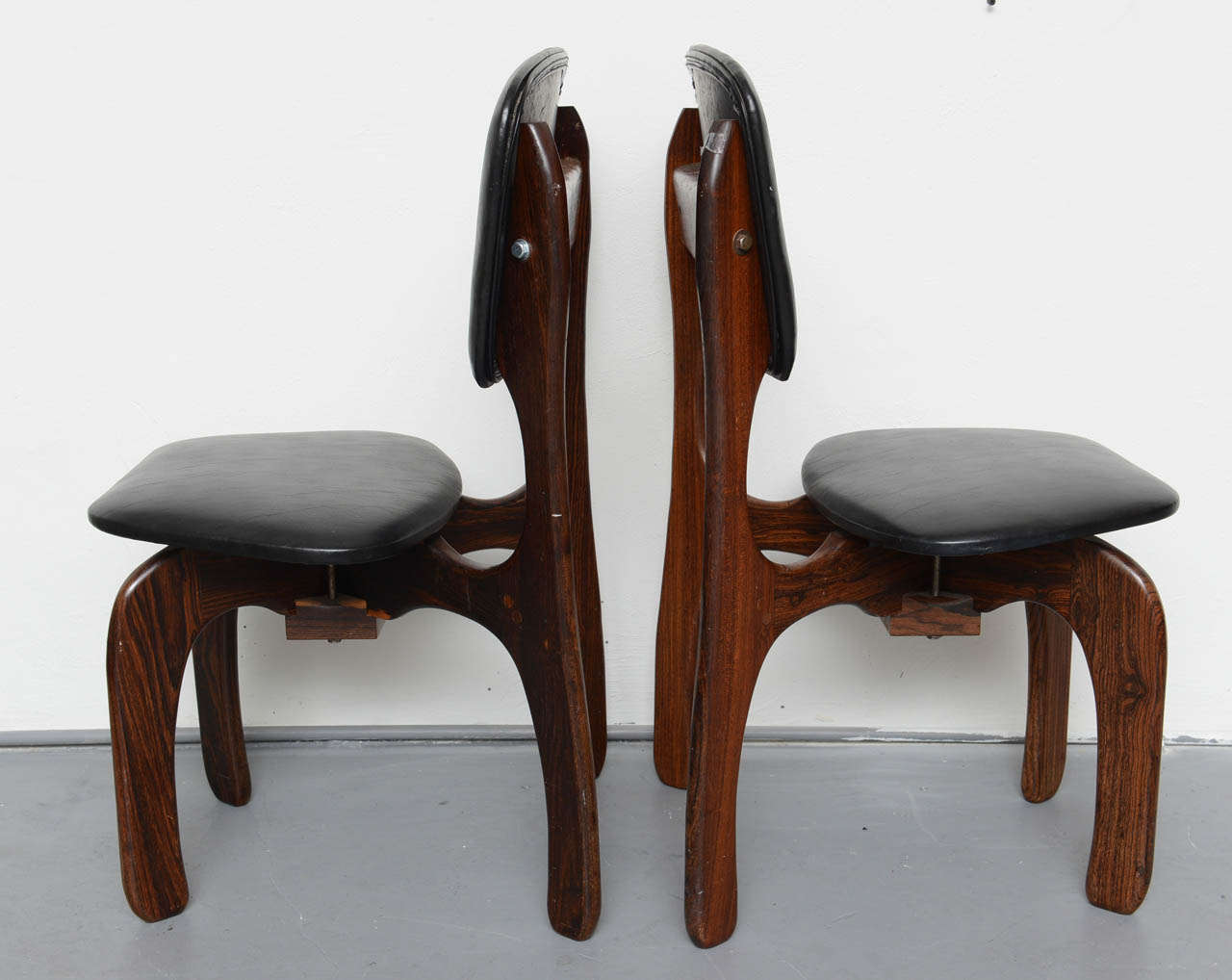 1970s Rosewood Chairs by Don Shoemaker, Mexico In Good Condition For Sale In Miami, FL