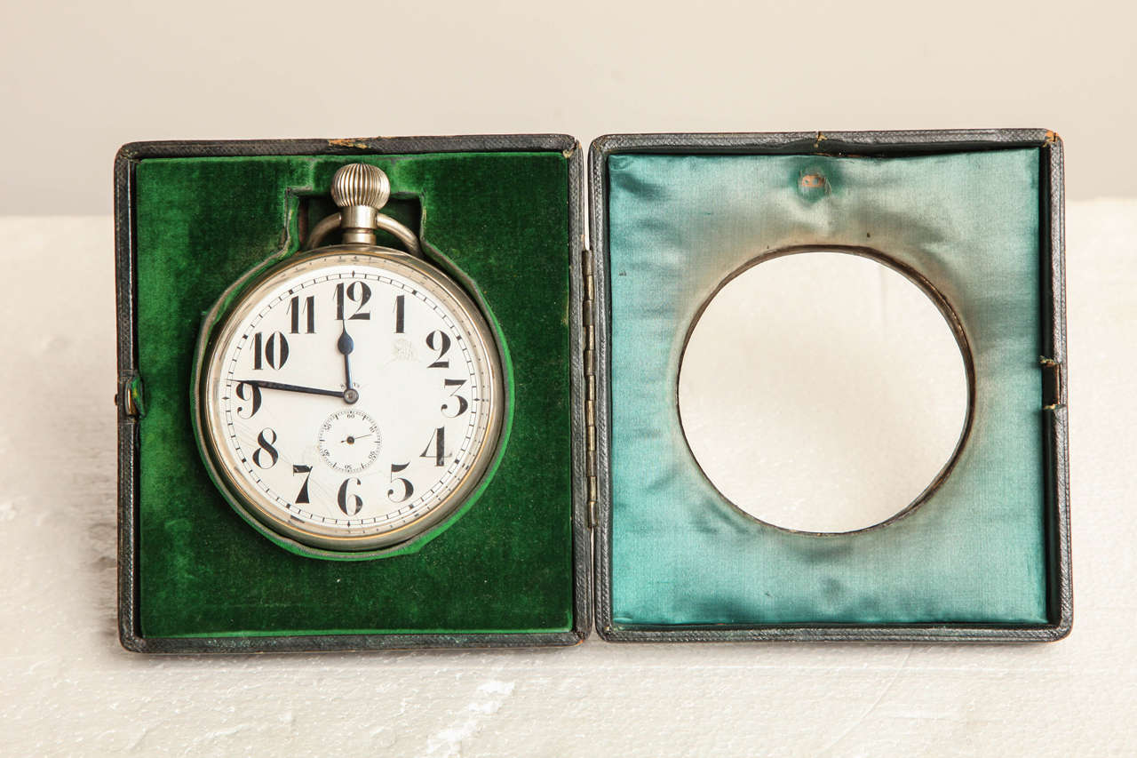 Late 19th Century Traveling Clock In Good Condition For Sale In New York, NY