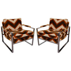 A Mid Century Pair of Flat Bar Milo Baughman Lounge Chairs
