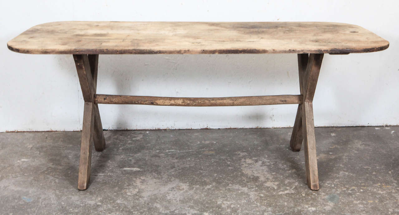 Rustic dining table with x legs at 1stdibs for X leg dining room table