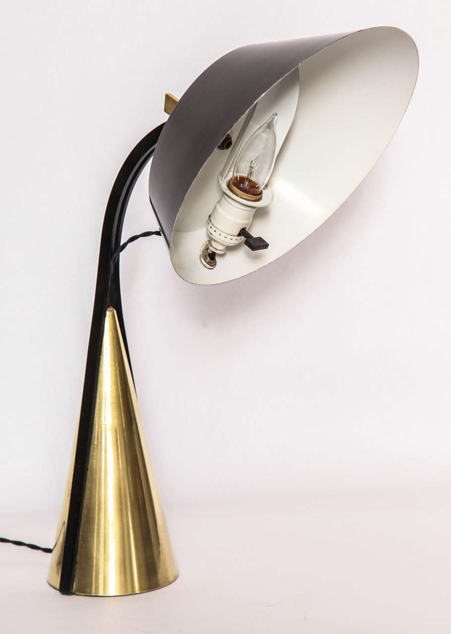 Articulated Table Lamp, 1950s In Good Condition For Sale In New York, NY