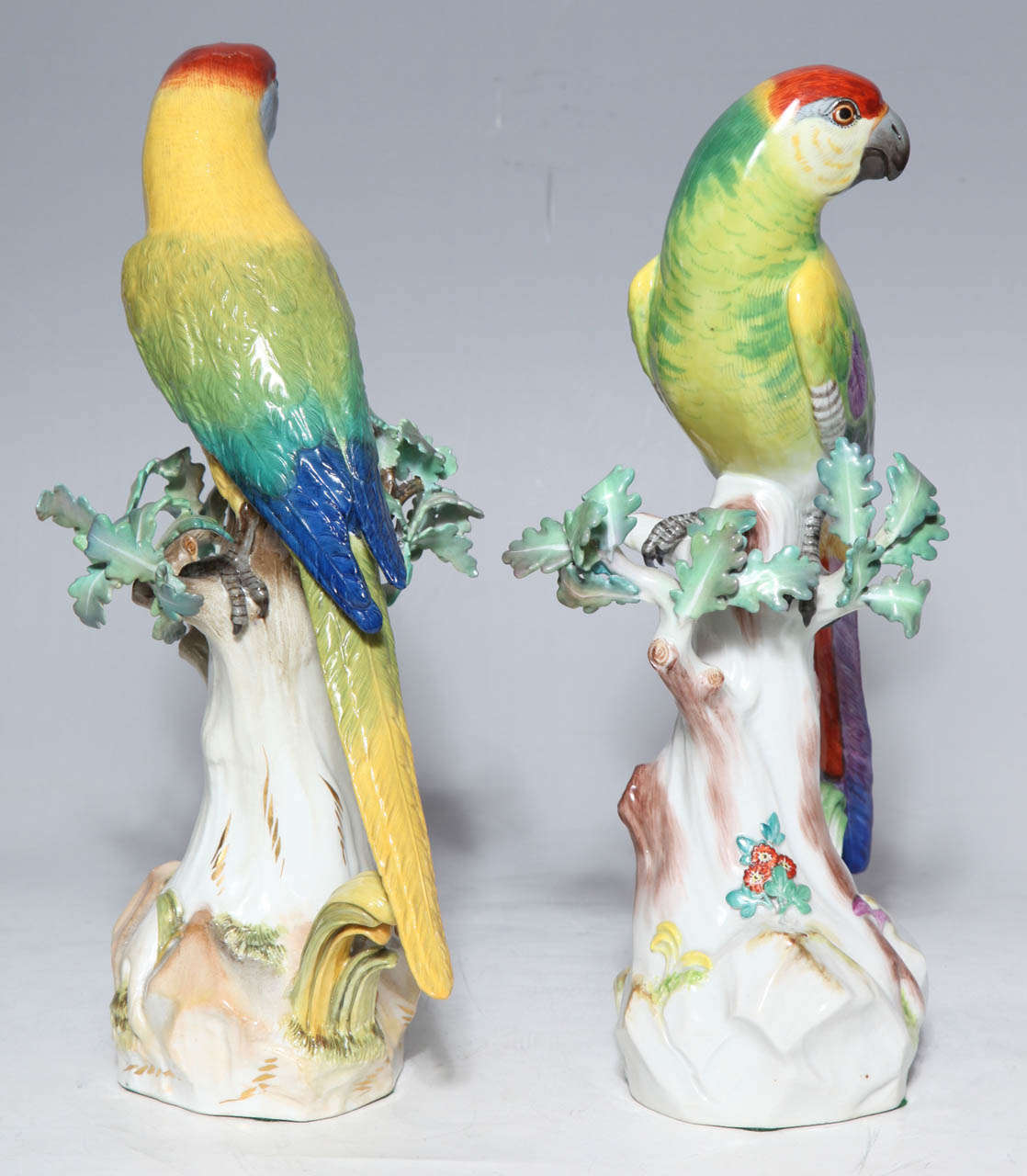 German Pair of Meissen Porcelain Figures of Parrots For Sale