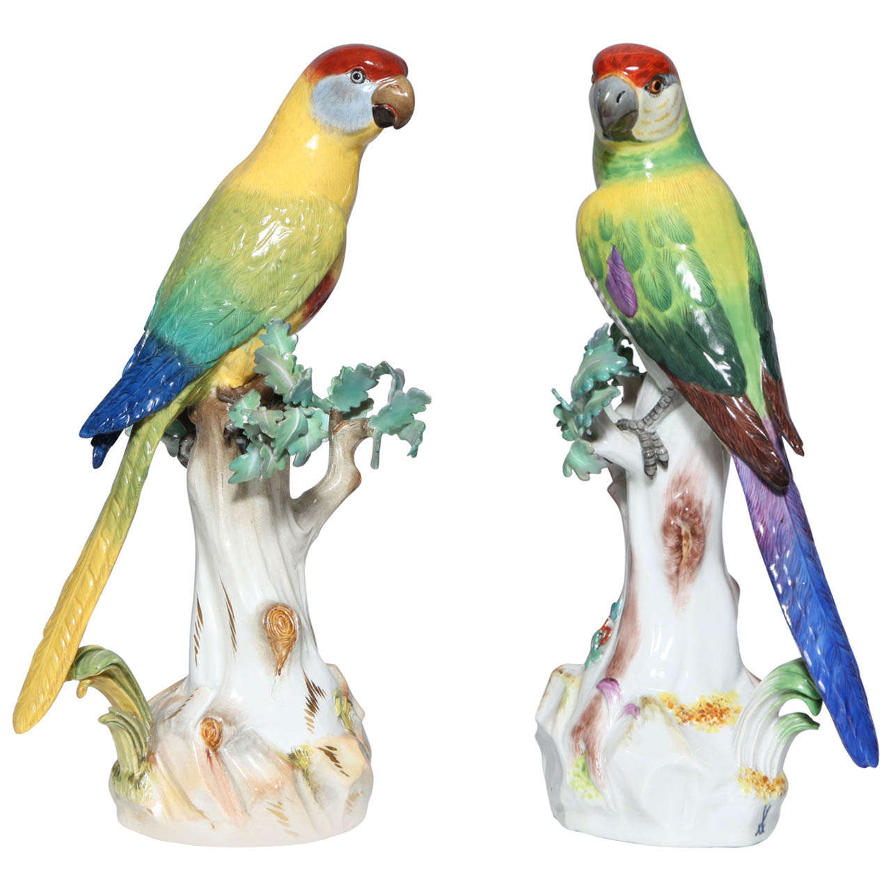 Pair of Meissen Porcelain Figures of Parrots For Sale