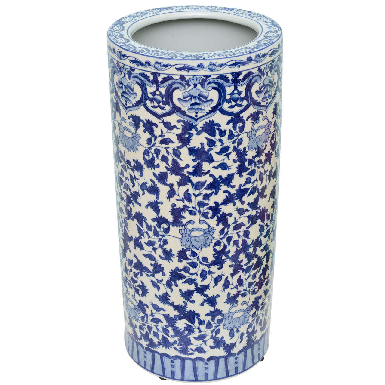 A Chinese Blue And White Porcelain Umbrella Stand At 1stdibs