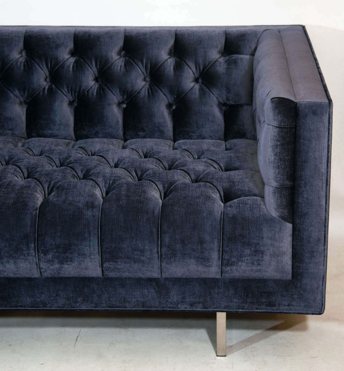 Mid Century Modern Tufted Velvet Sofa For