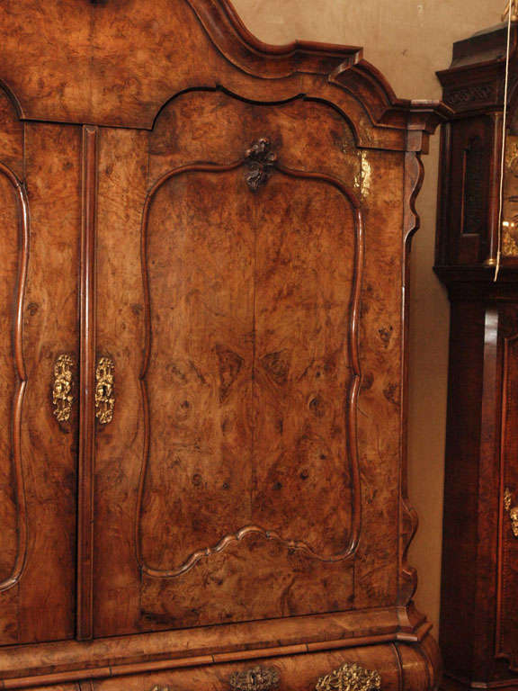 Antique Dutch Queen Anne Burled Walnut Cabinet In Excellent Condition For Sale In New Orleans, LA