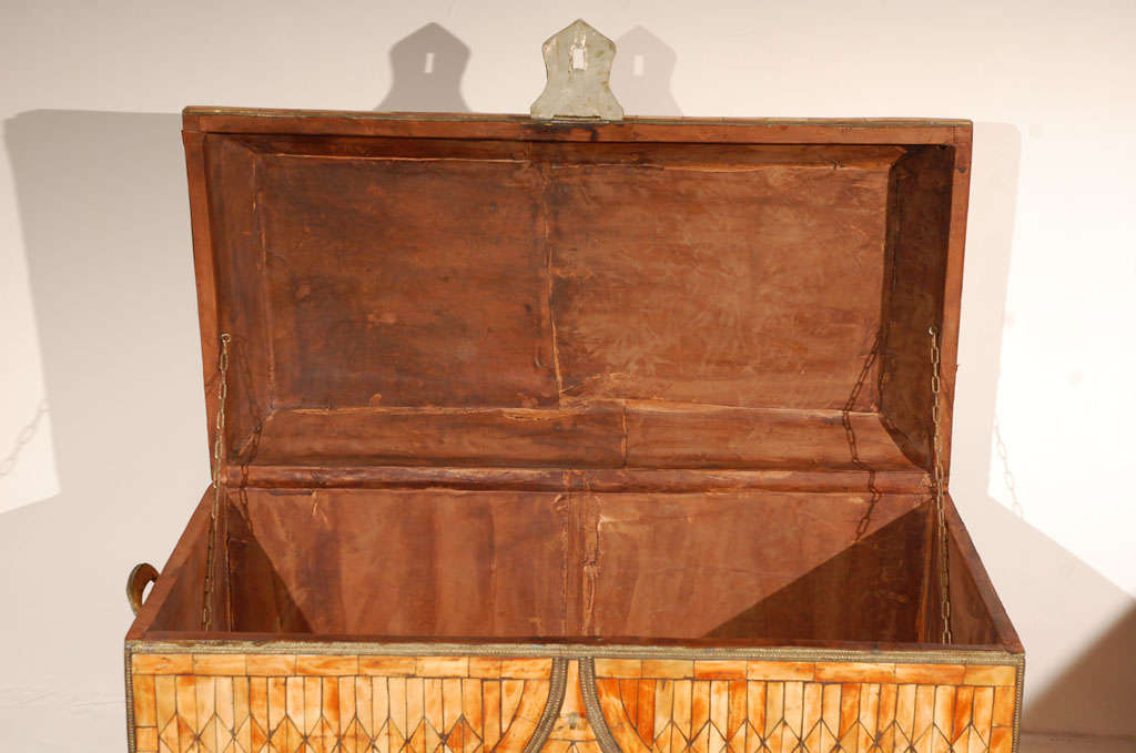 Moroccan Moorish Wedding Large Trunk Coffer Inlaid with Bone and Brass For Sale 3