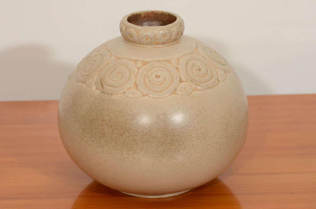 Art Deco Vase 2