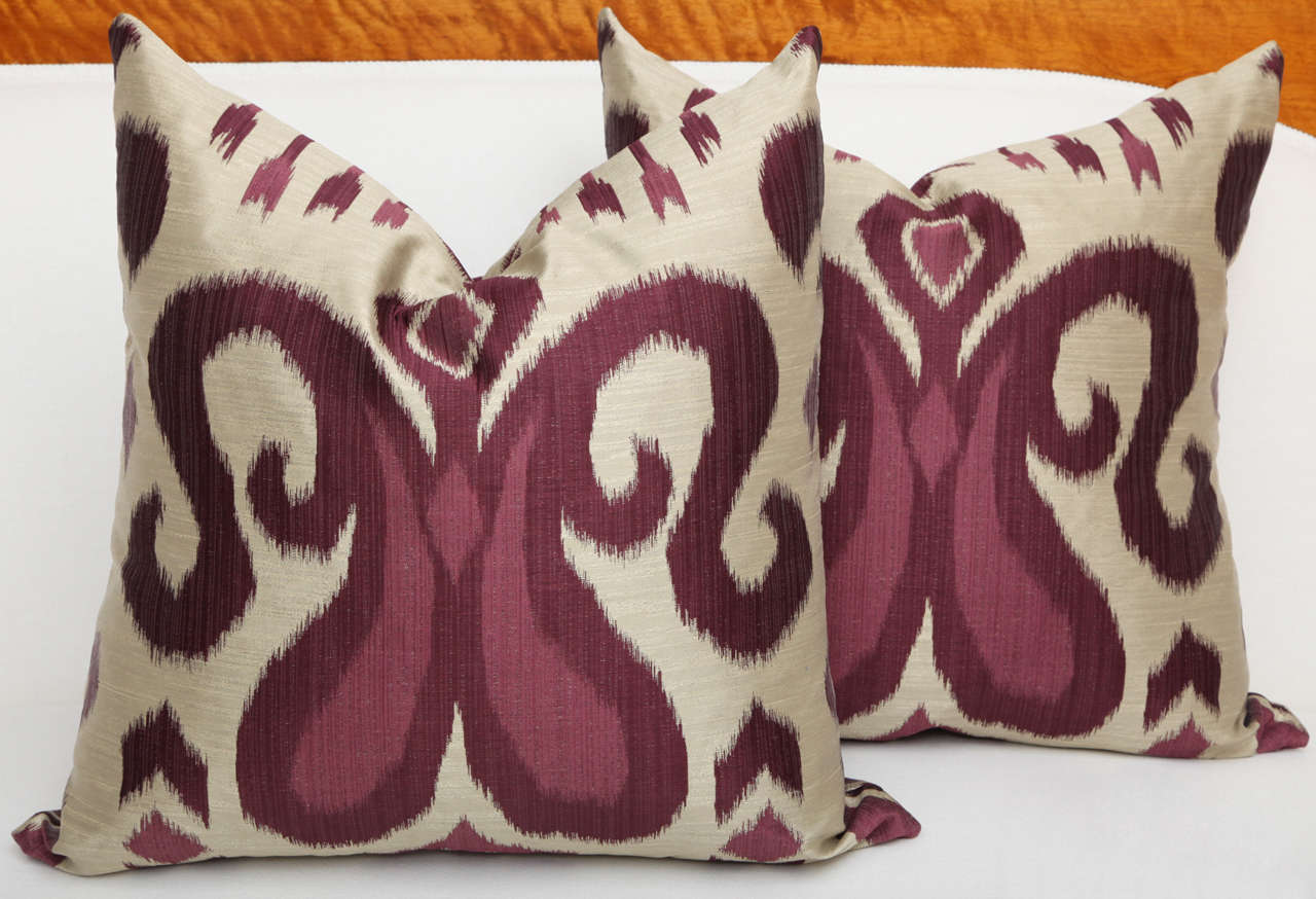 Pair of Amethyst and Silver Silk Pillows 2