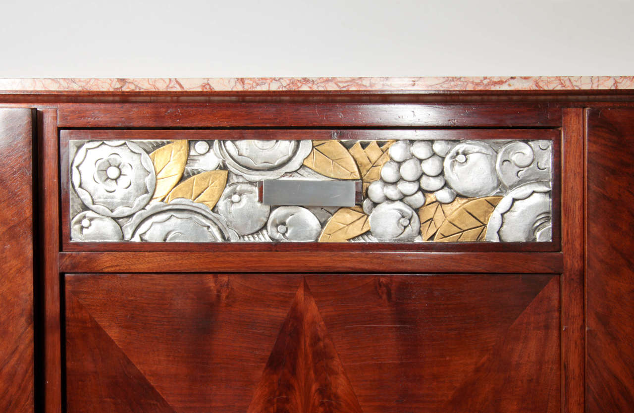 French Art Deco Gold and Silver Leaf, Hand-Carved Parquetry Inlaid Cabinet In Good Condition For Sale In New York City, NY