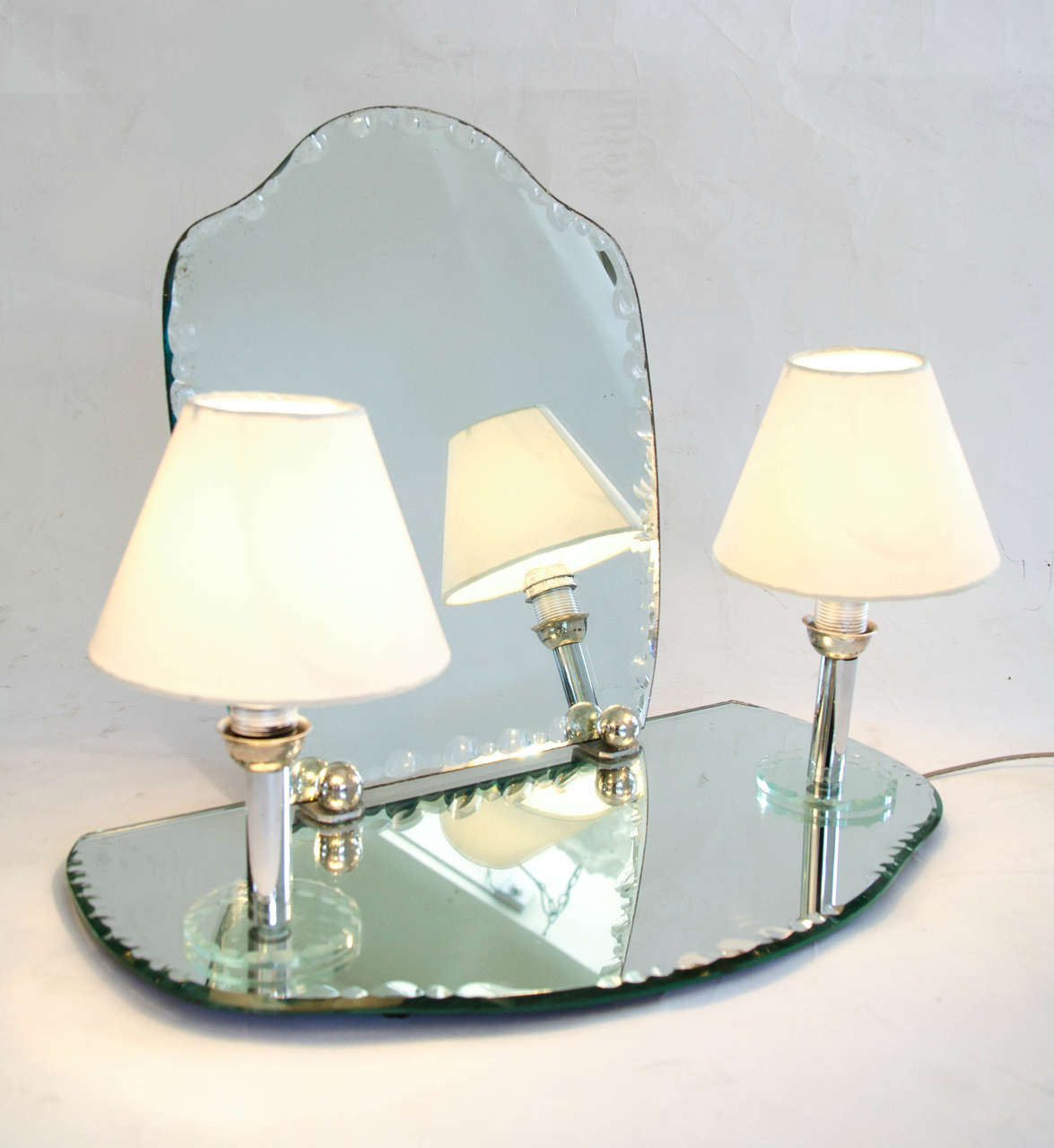 Dressing Table Lights : 1950s Dressing Table Mirror with Integral Lights at 1stdibs