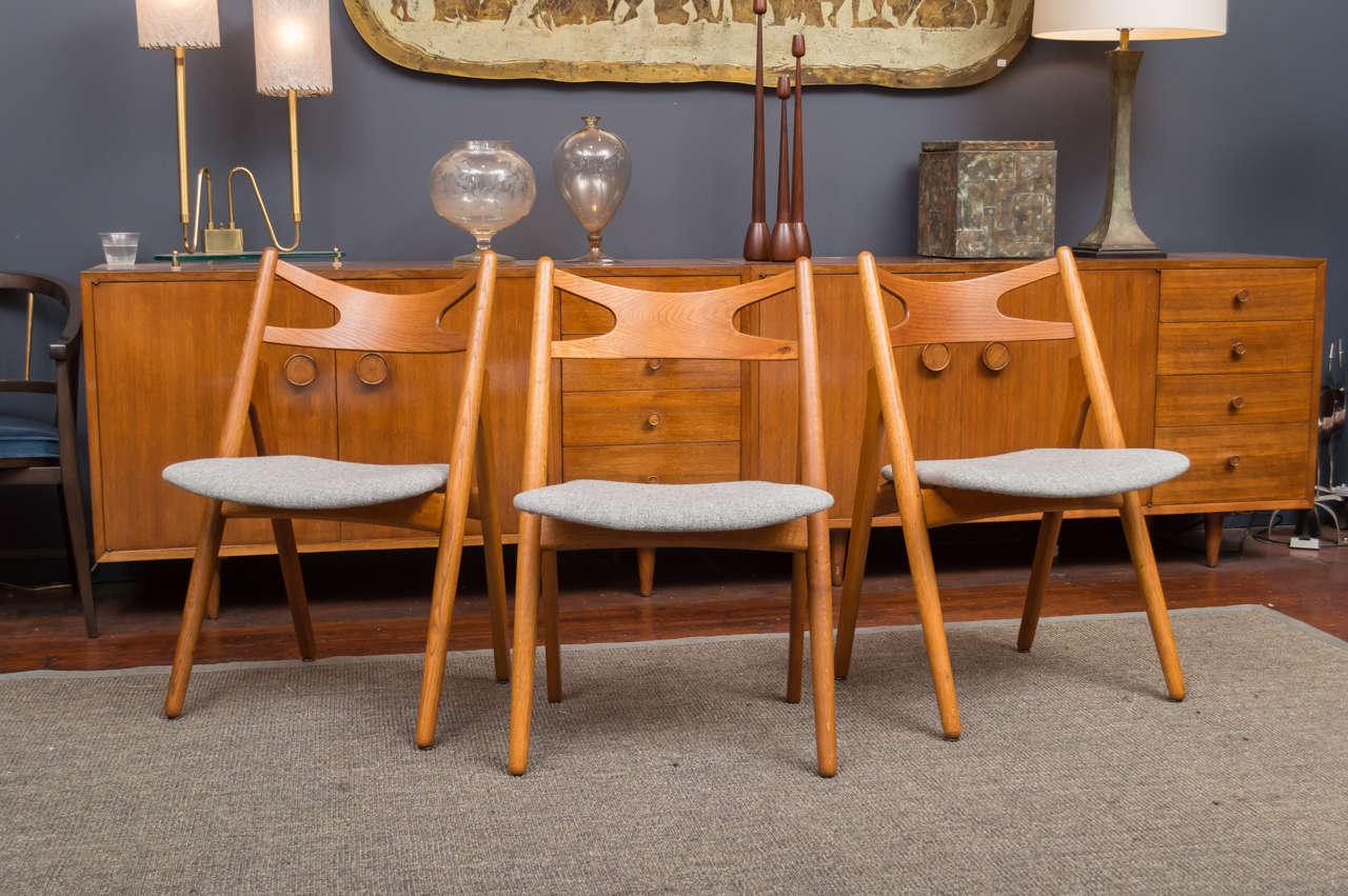 Hans J Wegner Sawbuck Chairs CH29 4