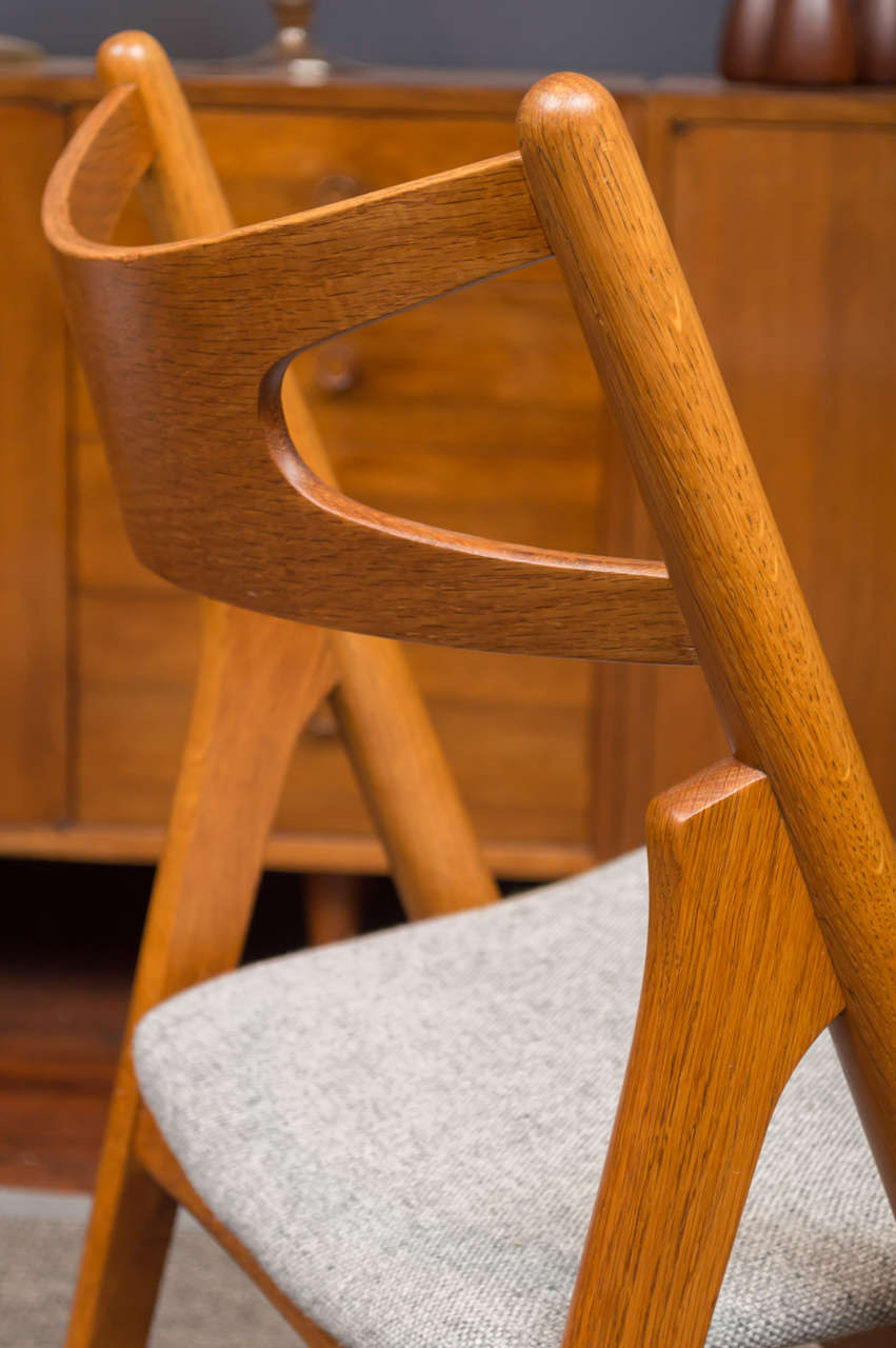Hans J Wegner Sawbuck Chairs CH29 10