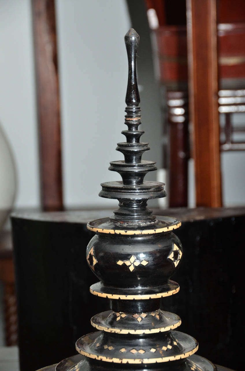 Late 19th century Black Lacquered Hsun Inlaid Lidded Offering, probably Burmese 3