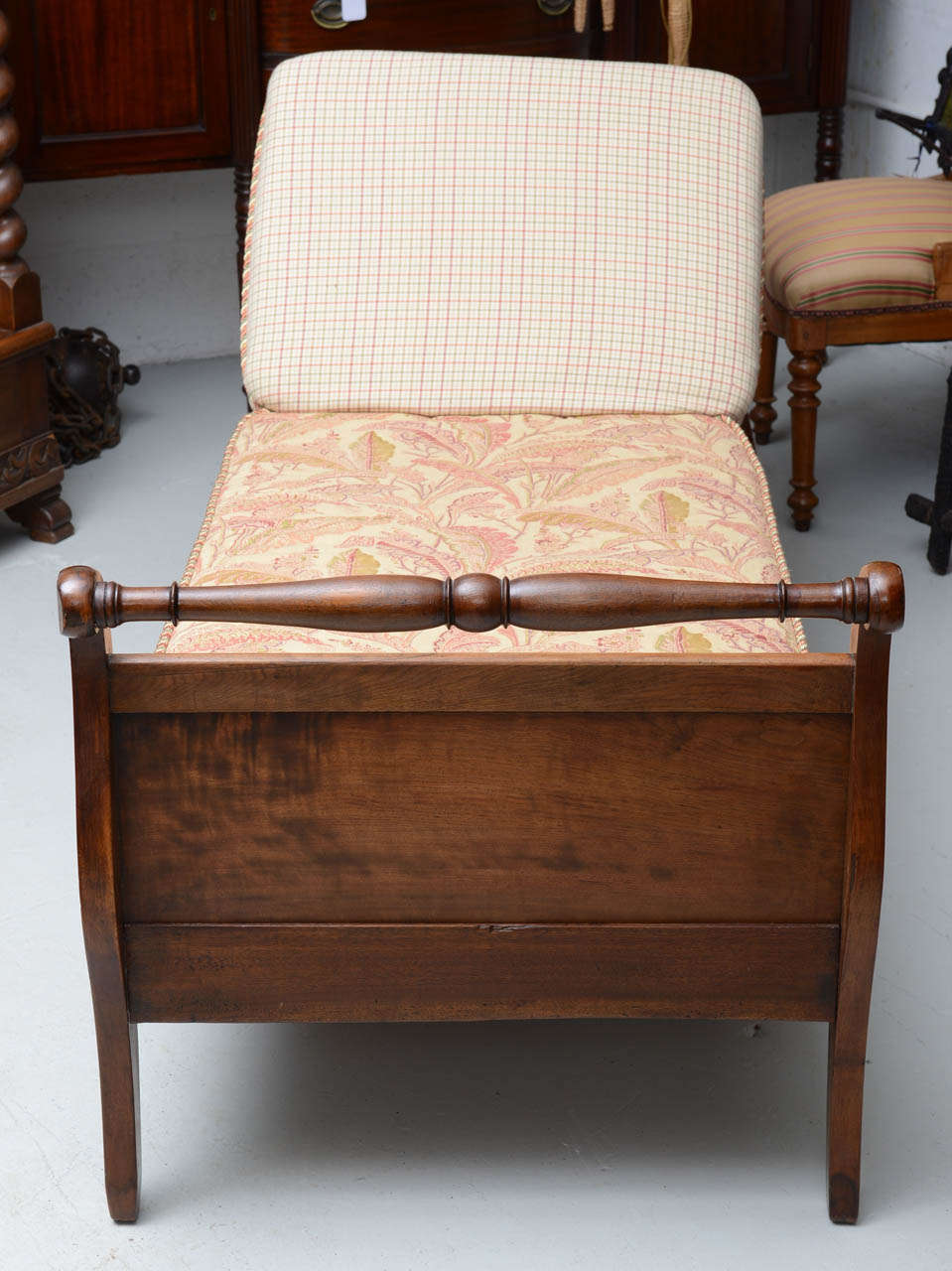 Arts and crafts mission daybed circa 1905 at 1stdibs for Arts and crafts daybed
