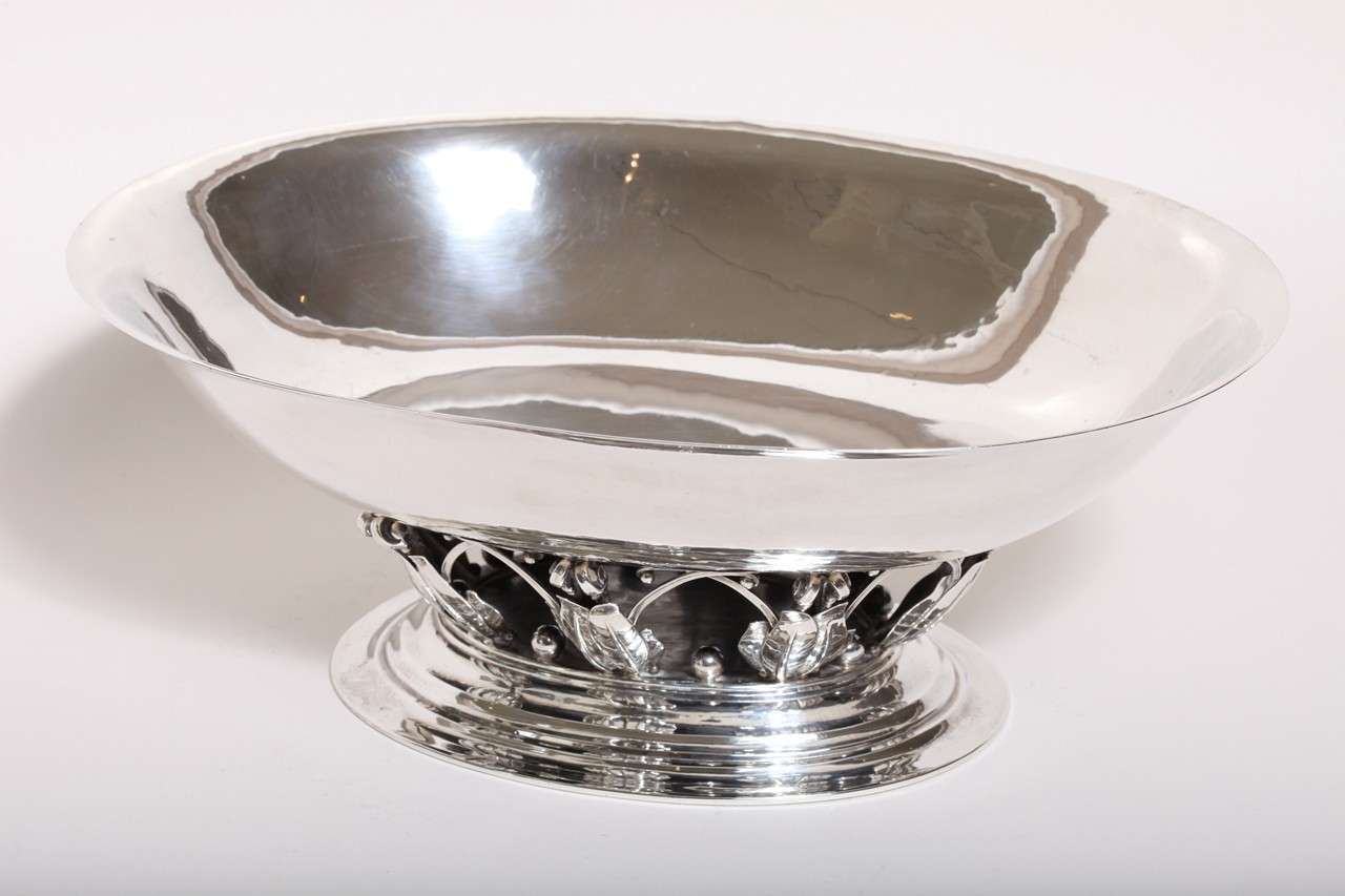 20th Century Georg Jensen Sterling Silver Centerpiece Coupe #306 A For Sale