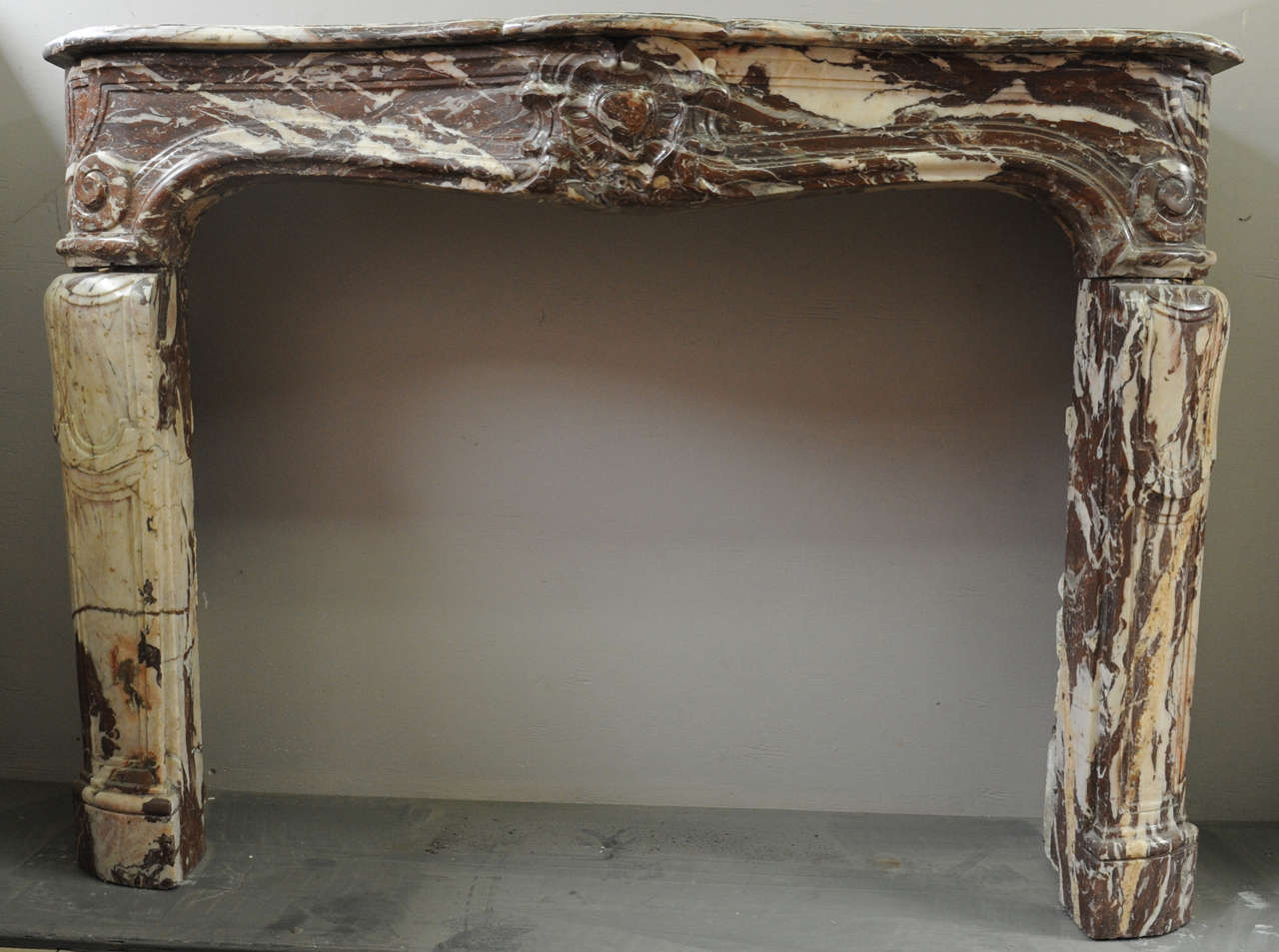 An 18th century French Louis XIV marble fireplace / mantel piece, circa 1730 2