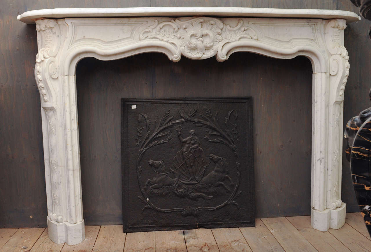 An important 18th c french rococo carrara marble fireplace mantel piece for sale at 1stdibs - Fireplace mantel piece ...