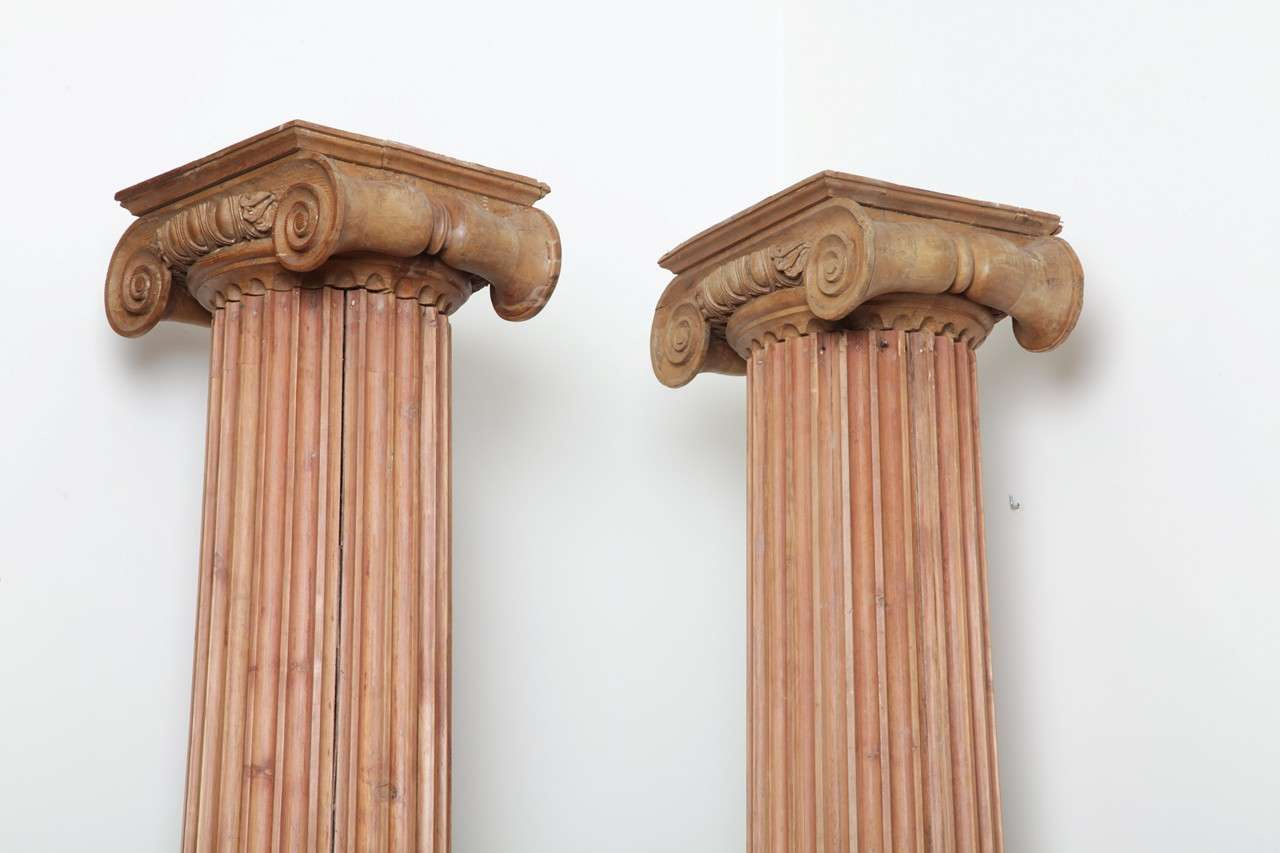 Four by Neoclassicism inspired columns 3