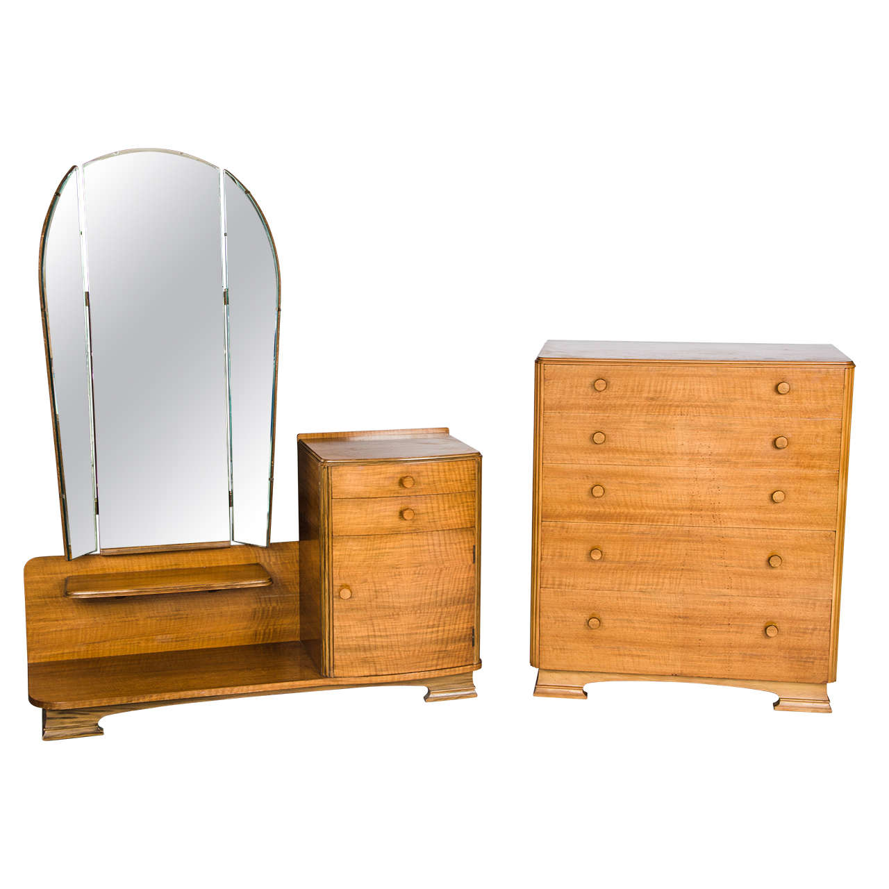British 1930s Two Piece Bedroom Suite At 1stdibs